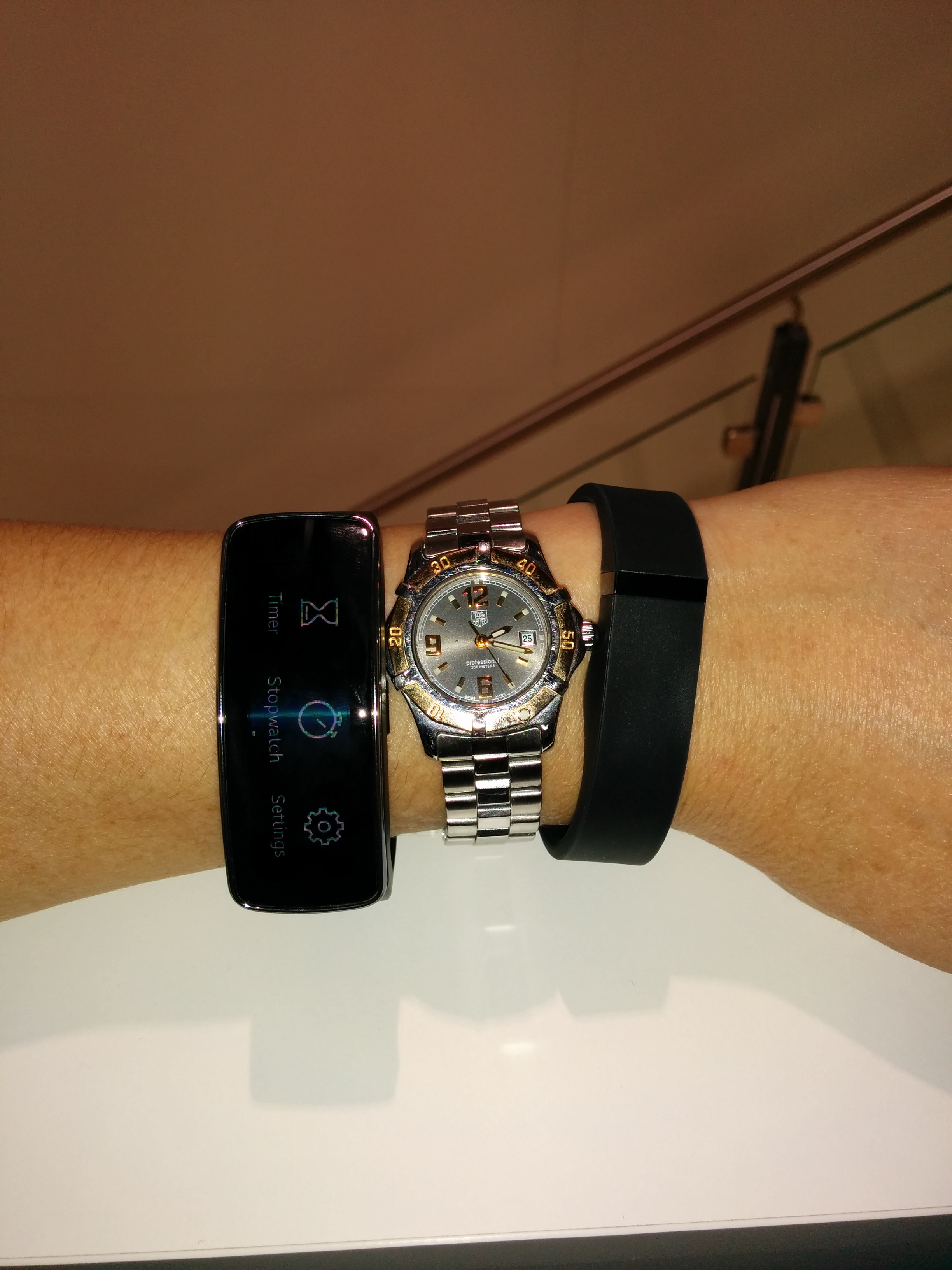 gear galaxy mwc fit and watches nano samsung